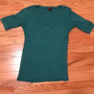 Simple teal v-neck top.